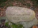 Gedenkstein an den Schacht Karl-Rudolf (1881-1978)